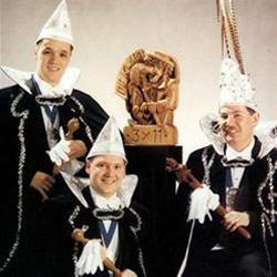 Trio van 1999